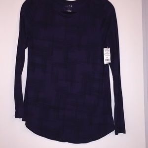 Apt9 blue top size small